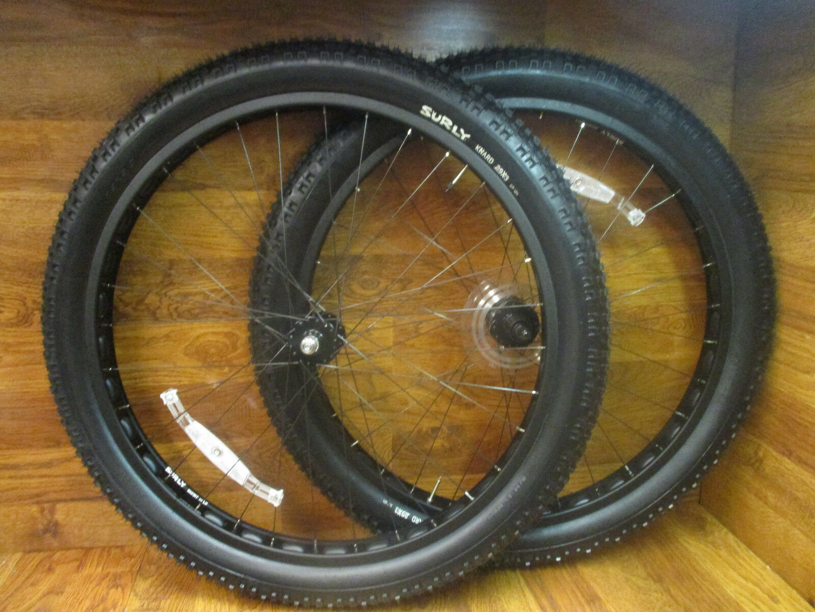 NEW SURLY MID  FAT 29+ RABBIT HOLE 10 SPEED WHEEL SET & SURLY KINARD 29X3 TIRES  hastened to see