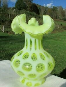 Fenton-Topaz-Vaseline-Coin-Dot-7-5-034-H-Vase-1959-60-Scarce-Rare-Mint