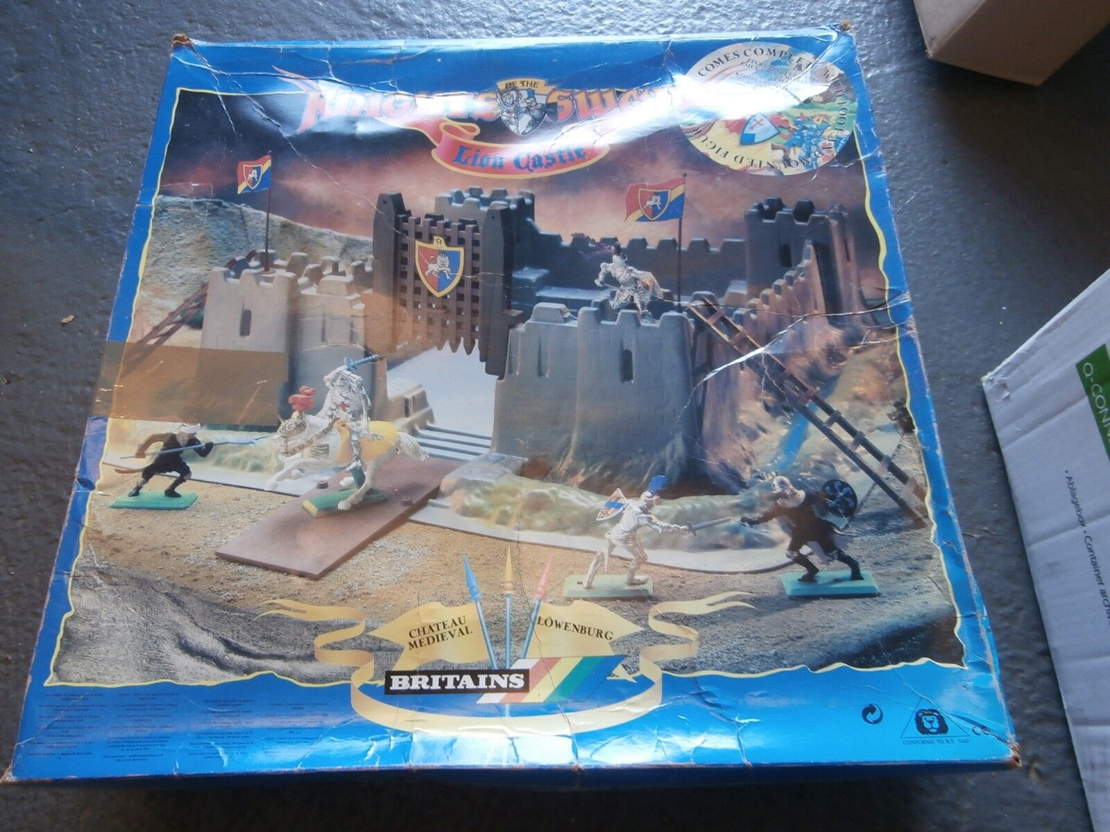 Britains Knights of the Sword Lion Castle 7792