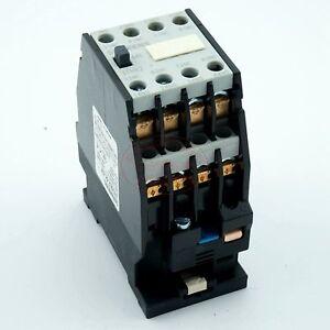 3TH8244-35mm-DIN-Rail-Mount-3-Pole-4NO-4NC-AC-110V-Contactor-Ui660V