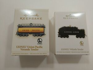 Lot-of-2-Hallmark-Keepsake-Ornaments-Lionel-Trains