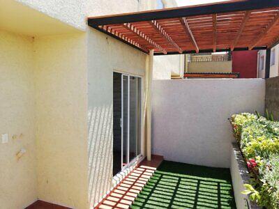 Casa de 3 recamaras 2 niveles tipo residencial a un lado del nuevo aeropuerto de santa lucia