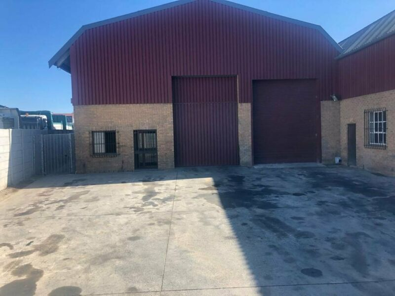 345SQM WAREHOUSE TO LET WITH 245SQM YARD