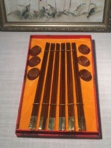 High-Ranking-Present-Chopsticks-of-China-Beautiful-Condition-Wood-w-Gold-Trim