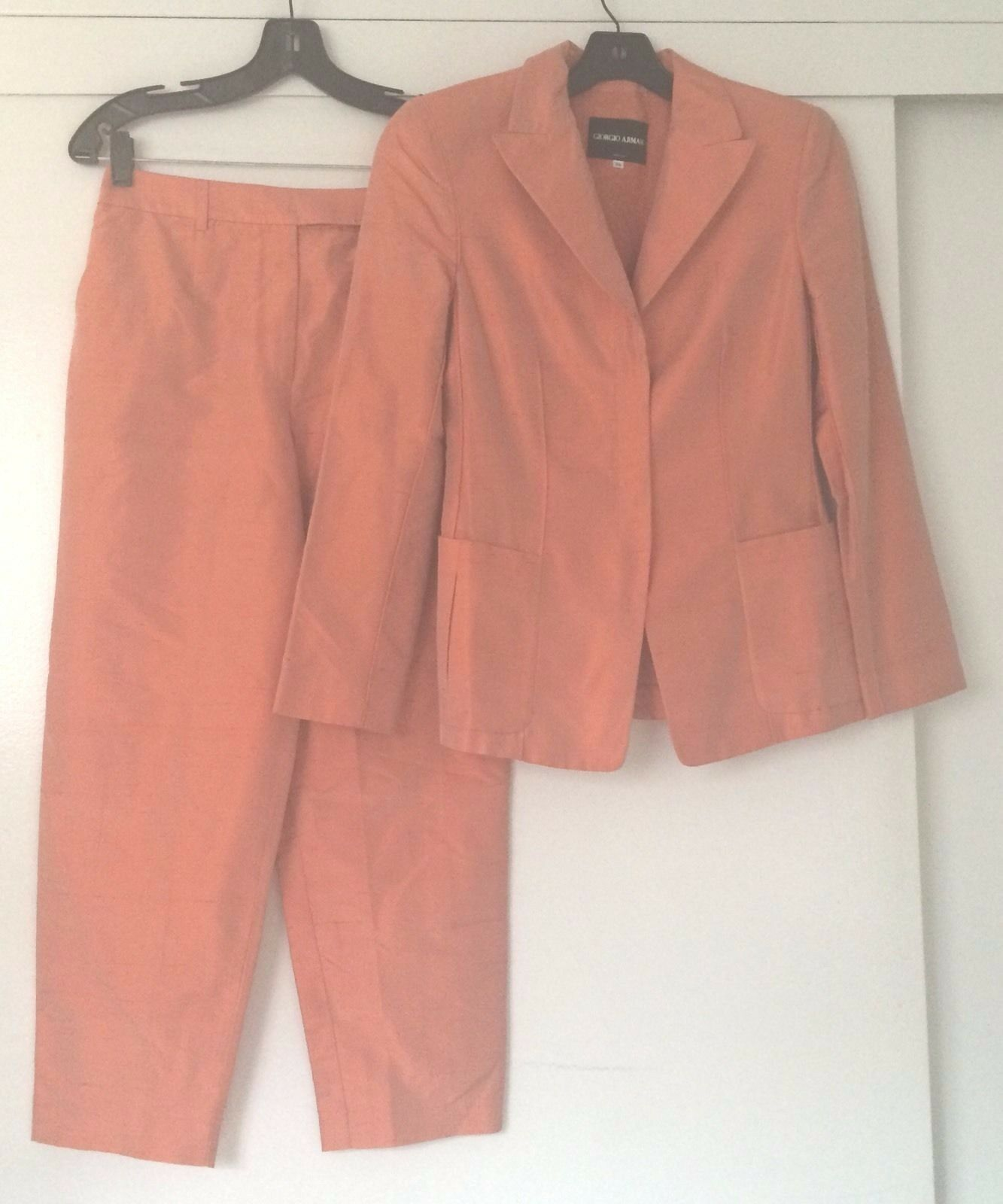 Giorgio Armani 100% Raw Silk Salmon Cropped Pant Suit Set Made in  Sz 4 EUC