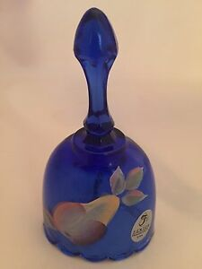 Fenton-Cobalt-Blue-Glass-Bell-Hand-Painted-Signed-by-Artist-Brand-New-F755