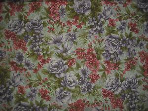 HOFFMAN Vintage Bouquet QUILT FABRIC