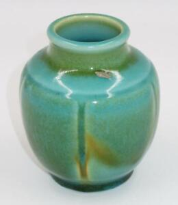 Antique-ROOKWOOD-Pottery-XXX-1930-Green-Glaze-Pot-or-Vase-4-1-2-034-Tall-6098