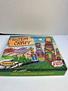 Vintage-1957-Totem-Craft-Hobby-Kit-with-4-9-034-Totem-Poles-by-Aurora