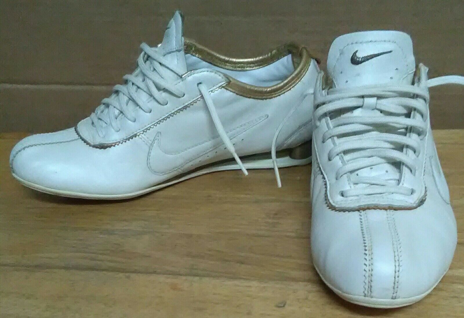 Nike ID ID ID Rivalry 2007 Shox Leather White gold Sneakers  Womens Size 7 2d32a8