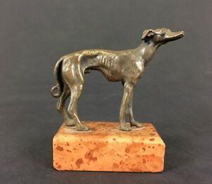 Angemessen Windhund Antike Bronze- Figur Auf Marmorsockel