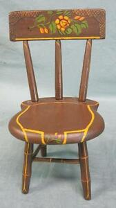 Antique-Miniature-Primitive-Painted-Child-039-s-Windsor-Style-Chair-Stenciled