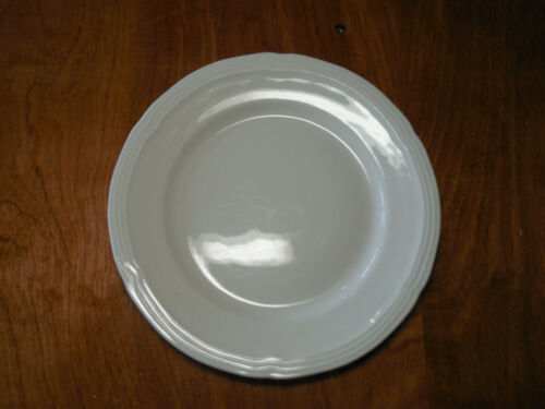"Gibson LE CLAIRE WHITE Set of 6 Salad Plates 8"" Embossed Edge A"