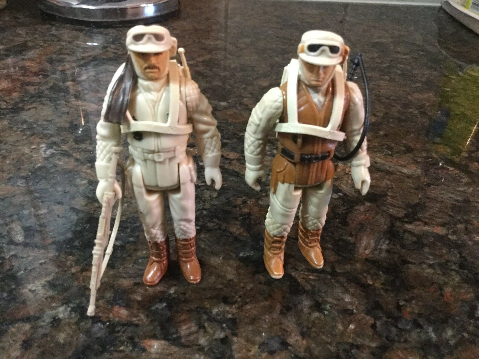Vintage Star Wars Luke Skywalker And Rebel Commander Action Figures