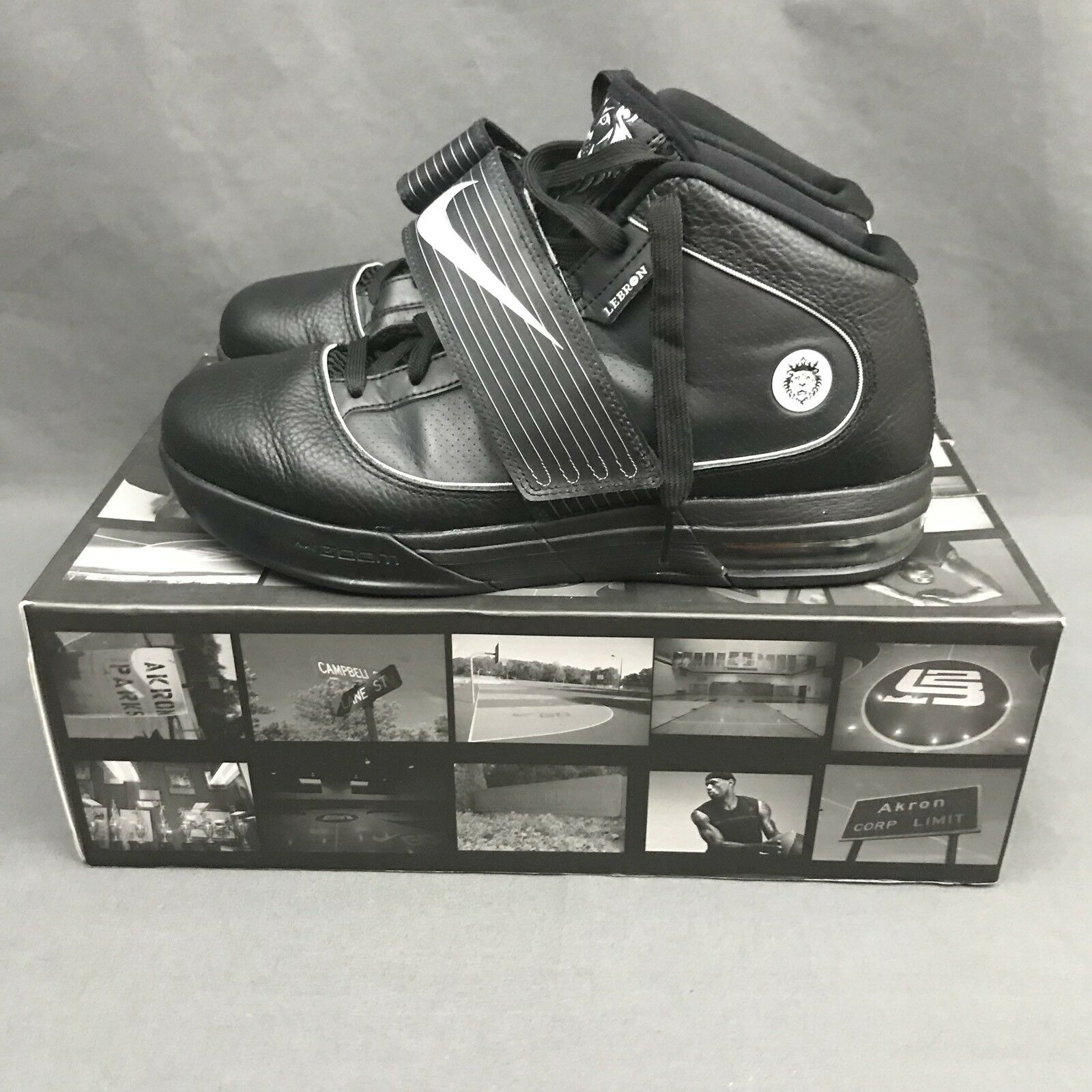 Nike Zoom Soldier IV TB 2010 Black Sneakers 407630 001 Size 10 w  Original Box