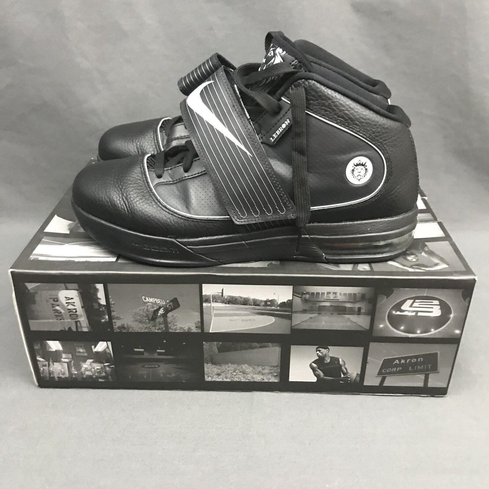 Nike Zoom Soldier IV TB 2010 Black Sneakers 407630 001 Size 10 w/ Original Box