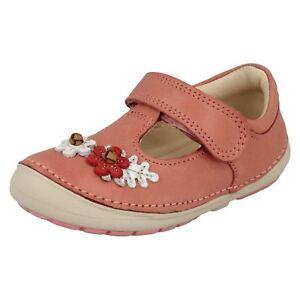 Weichlich Blüte Schuhe Für Mädchen Mädchen Clarks Erste Laufschuhe