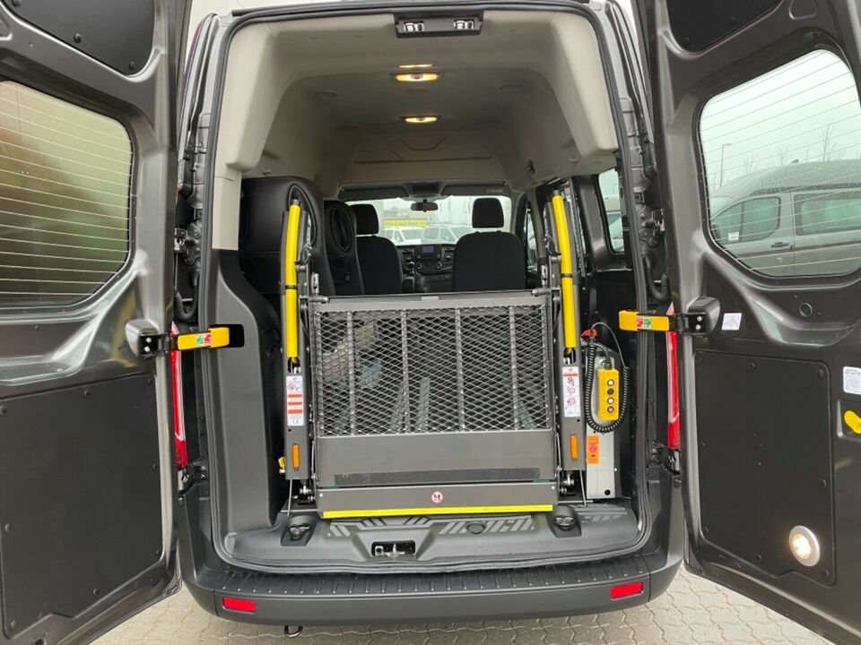Ford Transit Custom Kombi 320S 2,0 TDCi 105 Ambiente d