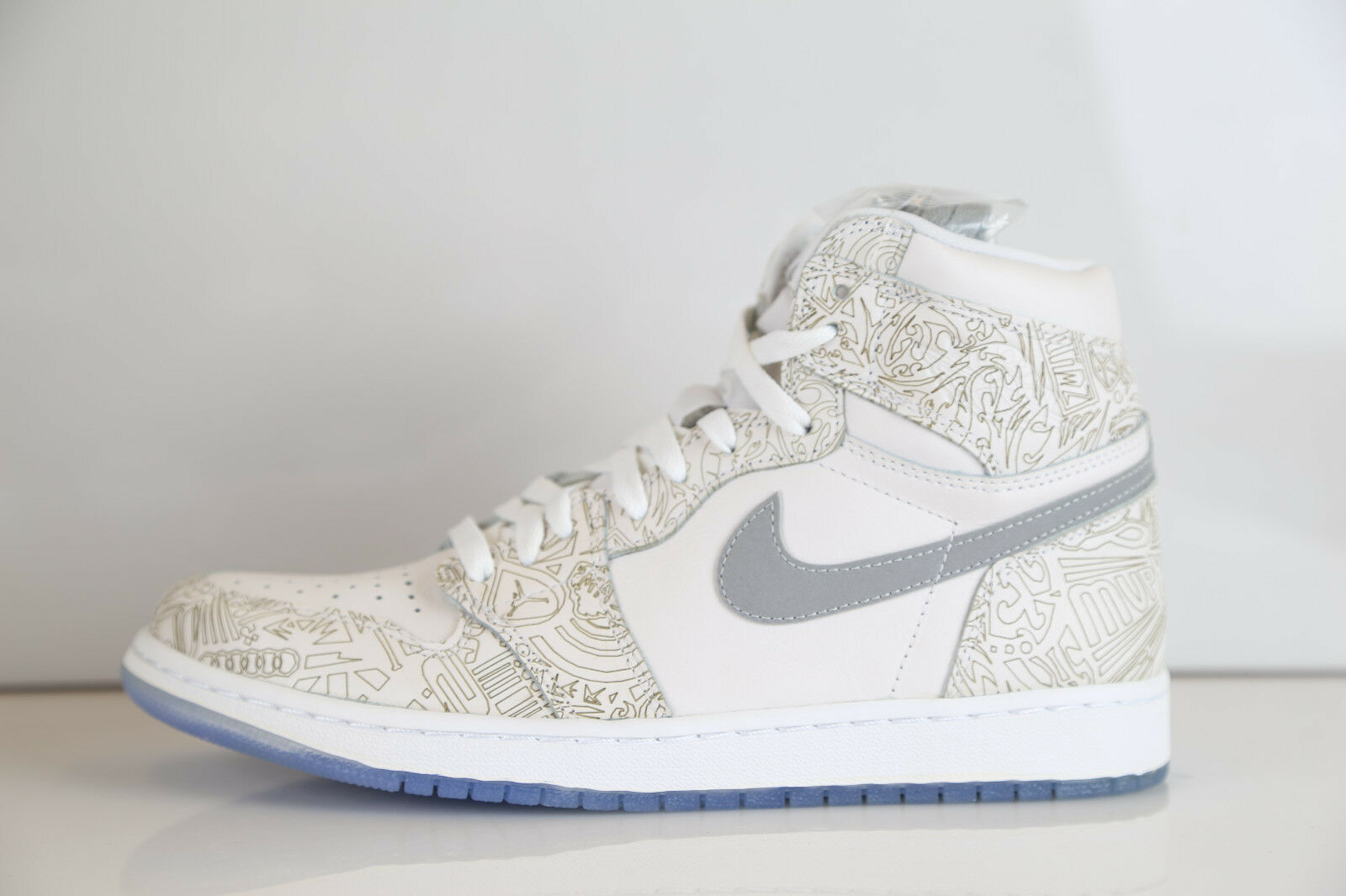 Nike Air Jordan Retro 1 High OG Laser Premium 705289-100 10-15  11 12 The latest discount shoes for men and women