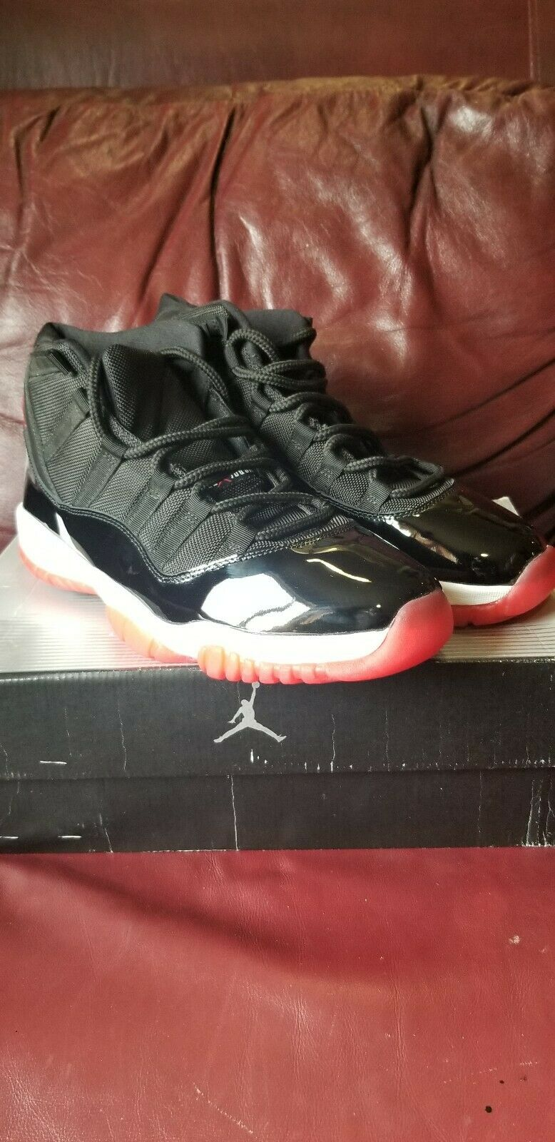 Air Jordan 11 Bred size 11 Ds (Rare) 100% authentic 2001 II XII XIII XIV V IV IX