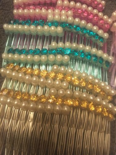 Pack 2 faux pearl coloured diamante hair combs plastic slides clear comb grips