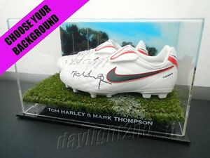 Signed-TOM-HARLEY-amp-MARK-THOMPSON-Boots-PROOF-COA-Geelong-Cats-2020-Jumper