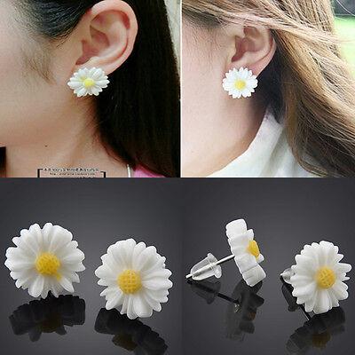 Fashion White Daisy Flower Stud Earrings Vintage Womens Cute Ear Studs Jewelry