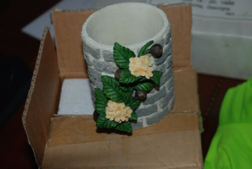 Sugar Cup with Flowers Accessory by Madame Alexander,for 8'' Dormouse