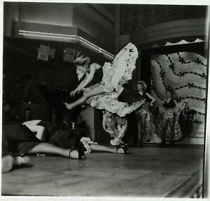 FRANCE-Paris-Cabaret-French-cancan-Bal-Tabarin-c1930-Photo-Stereo-Cellulose