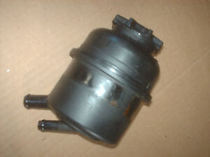 saab 9 3 se turbo power steering fluid reservoir 99 00 01 02 stock used. Black Bedroom Furniture Sets. Home Design Ideas