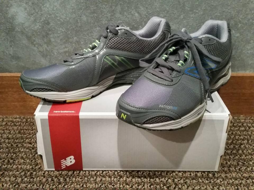 NIB New Balance MW1765GB Supportive Running shoes Grey Size 11.5 Medium