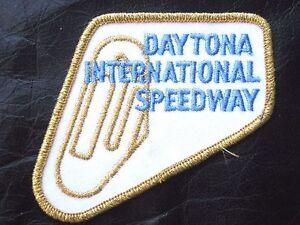 DAYTONA-EMBROIDERED-PATCH-GOLD-INTERNATIONAL-SPEEDWAY-RACING-NASCAR-4-034-x-3-1-2-034