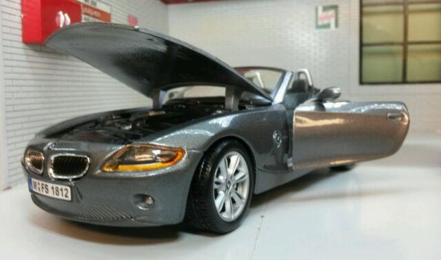 G LGB 1:24 Scale BMW Z4 Grey Convertible Cabrio Burago Very Detailed Model 22002