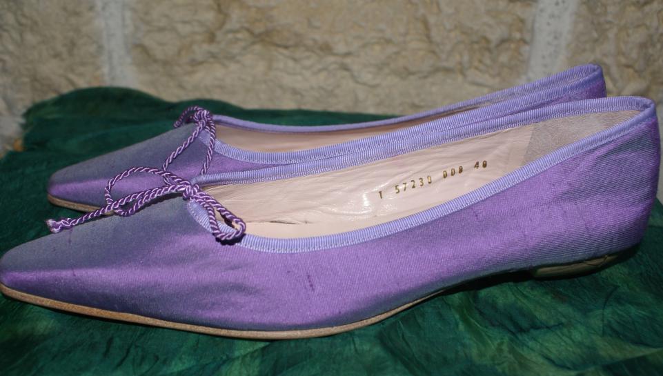 RIANI Ballerinas Pumps Pumps Pumps Wildseide Echlteder flieder LUXUS Gr. 40 UK 6,5 Neu 80de8d