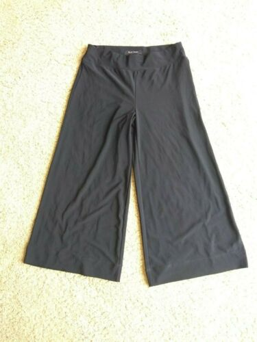 White House Black Market Gaucho Pants size XXS