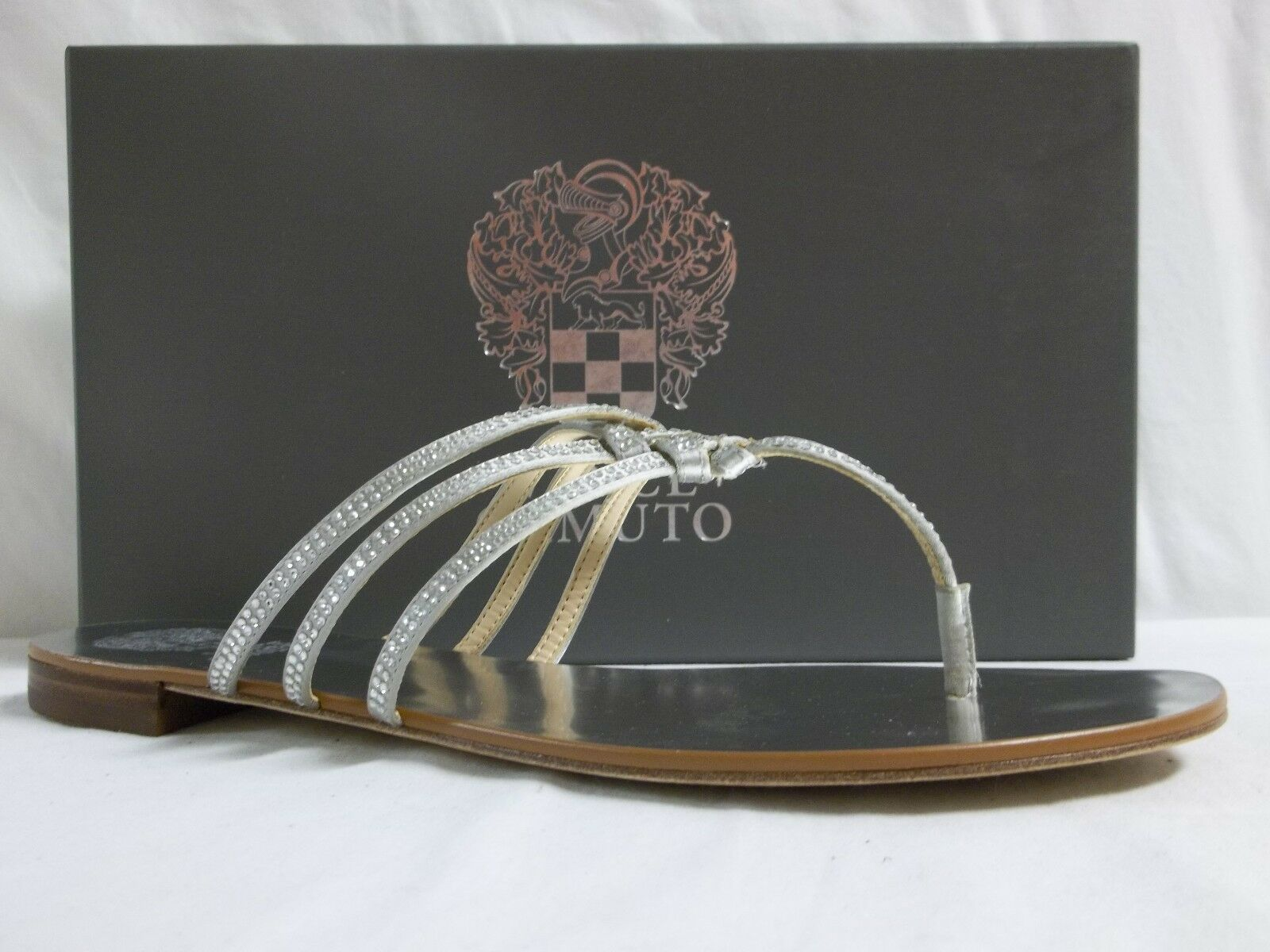 Vince Camuto Size 8 M Mariella Silver Satin Flip Flops New Womens Shoes