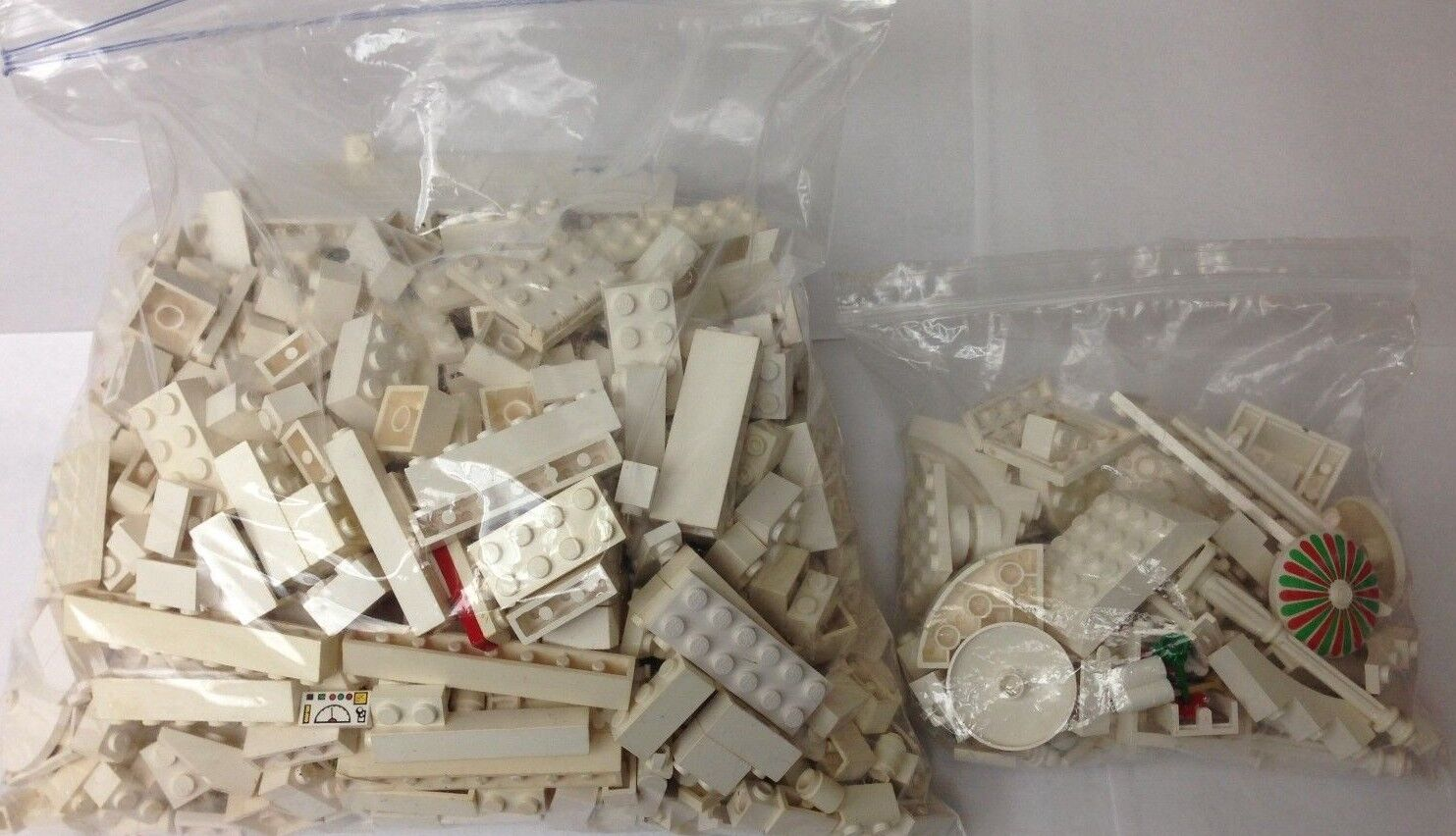 Huge lot of Lego's Separated All Different Farbes Must L@@k Great for Builder