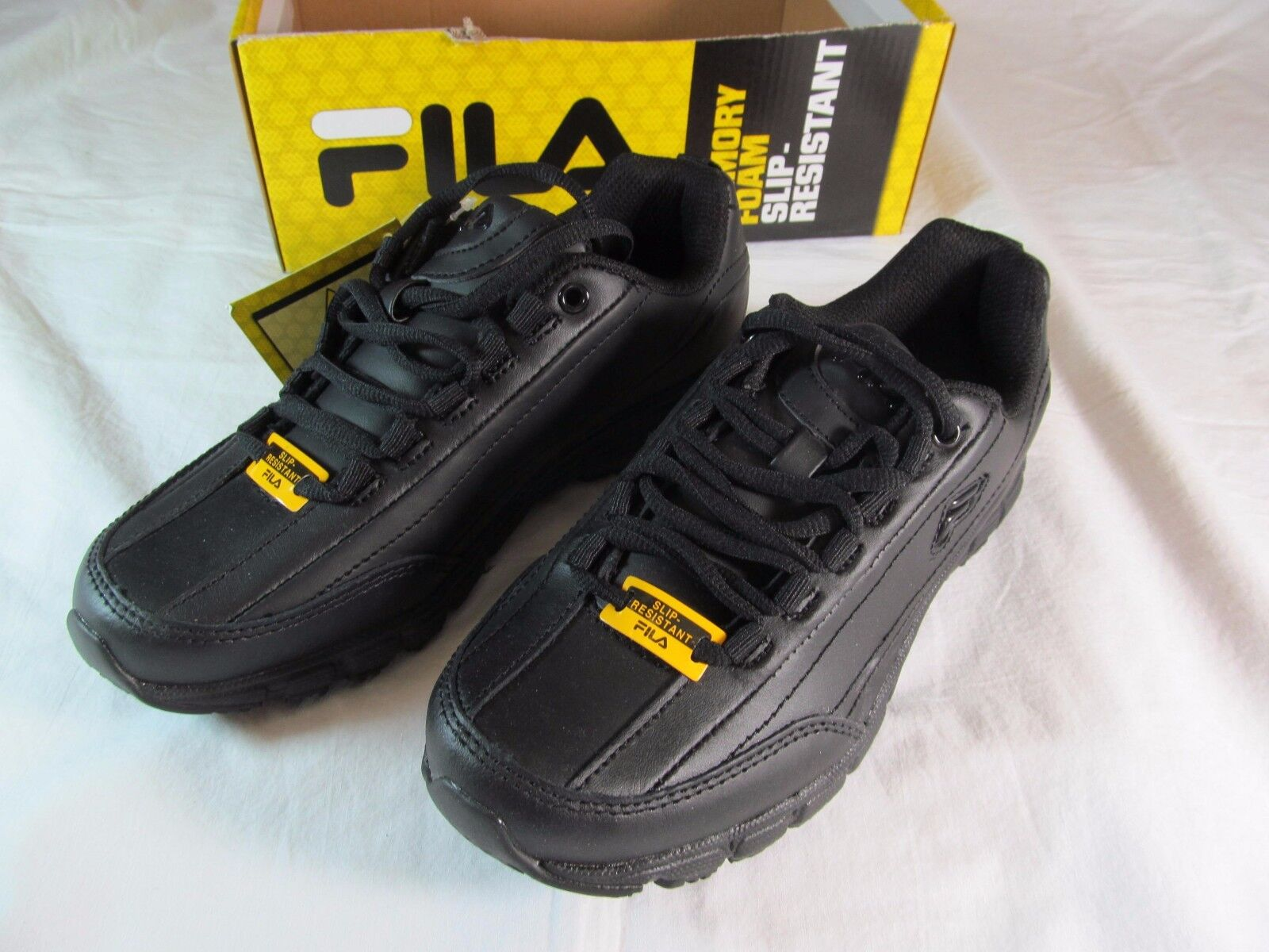 NWT Women's FILA BLACK LEATHER RUNNING ATHLETIC SHOES, Size 6.5, SLIP RESISTANT