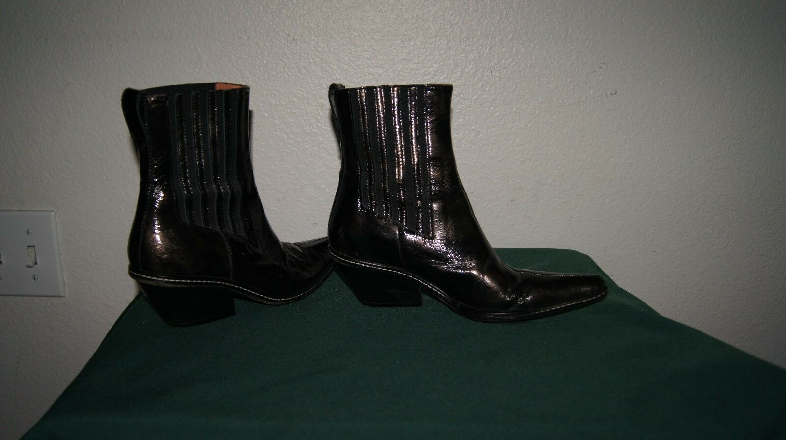 Donald Pliner WESTERN COUTURE METALLIC LEATHER BOOT 5.5