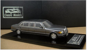 1  43 Mercedes -Benz W126 serie AMG 560SEL Limousine 1990 (Perla grå)