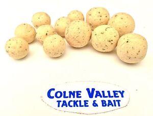 Carp-bait-pop-ups-16ml-scopex-banana-10-20-50-pot-air-balls-cv-tackle