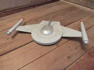 Vintage-RARE-SPACESHIP-PLASTIC-MODEL-KIT-AMT-Star-Trek-Romulan-Bird-Of-Prey