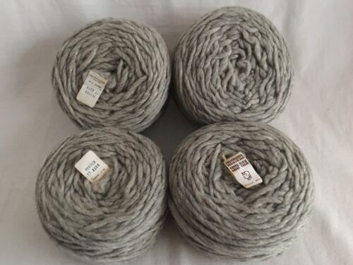 Christopher Sheep Farm Lot of 4 Skeins 100/% Pure Virgin Wool 4oz Each Pewter ME