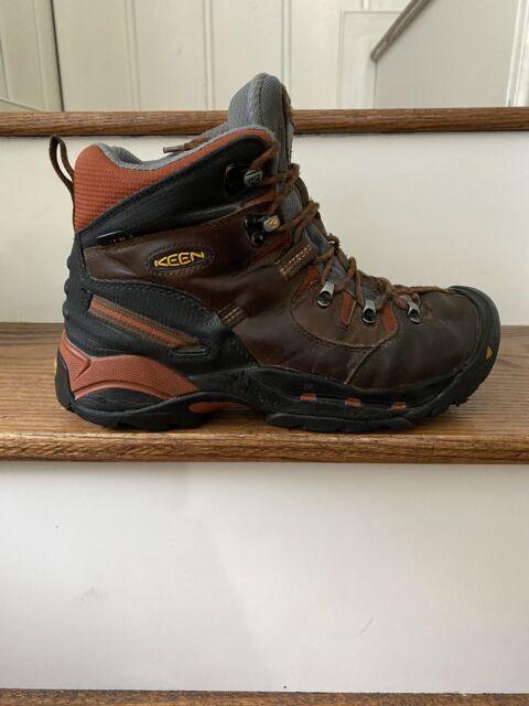 KEEN Footwear Mens Targhee II Mid
