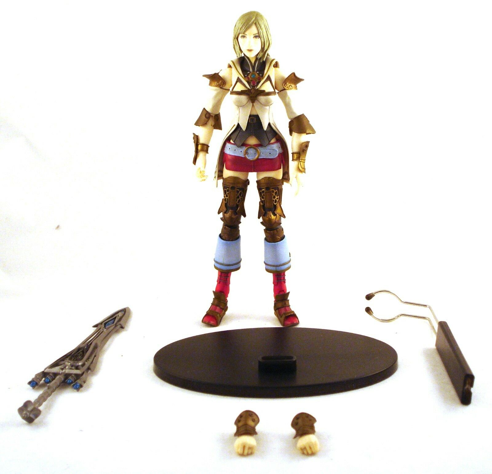 2006 Square Enix 8  Final Fantasy XII ASHE action figure 100% complete & unused