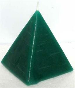 Green-034-DRAW-MONEY-034-Pyramid-Candle