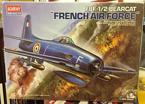 ACADEMY F8F-1/2 BEARCAT FRENCH AIR FORCE Scala 1/48 12201 - Italia - ACADEMY F8F-1/2 BEARCAT FRENCH AIR FORCE Scala 1/48 12201 - Italia