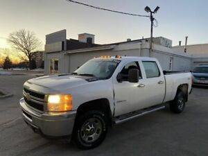 2011 Chevrolet Silverado 2500 2500HD, Crew Cab , 4X4, Automatic, 3 Years warranty available.