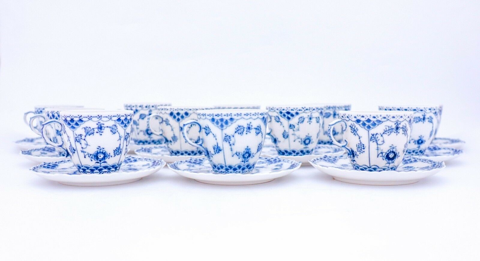 Image 2 - 12 Cups & Saucers #1035 - Blue Fluted Royal Copenhagen Full Lace - 1:st Quality