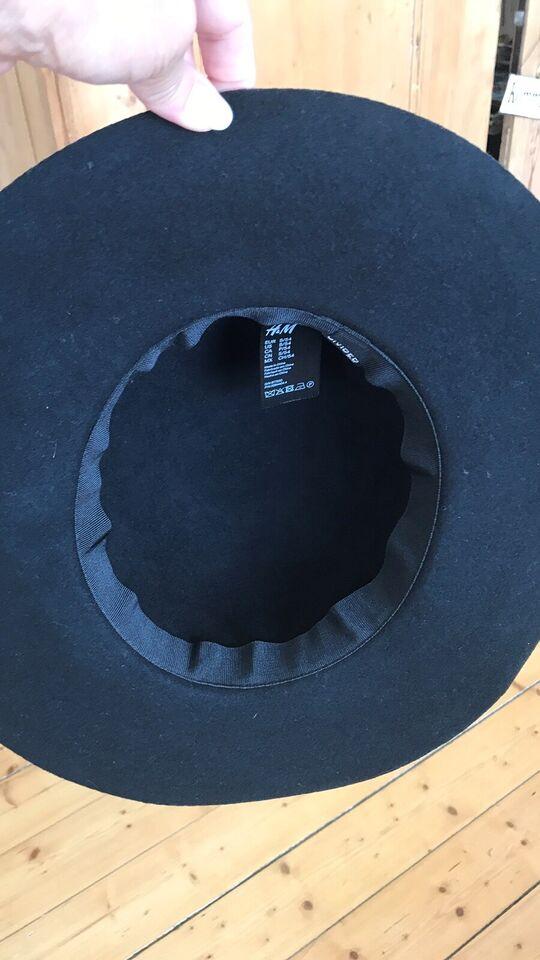 Hat, H&M, str. S/54